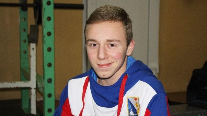Артём Матевосян завоевал золото на Первенстве мира по спортивной борьбе в Казахстане 2018 года