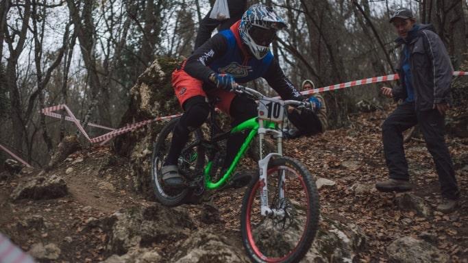 Момент Чемпионата города Севастополя по велоспорту-маунтинбайку 2018