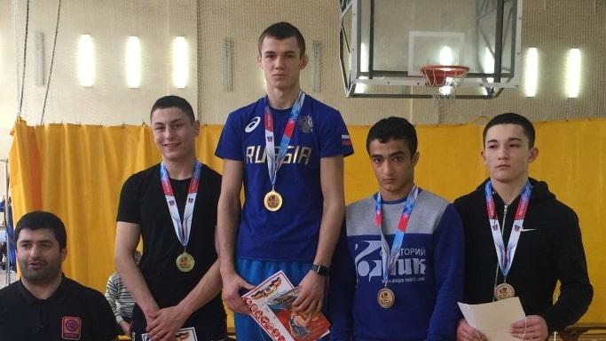 Серебряный победитель Первенства ЮФО 2019 в городе Азов Османов Ридван в весовой категории до 67 кг