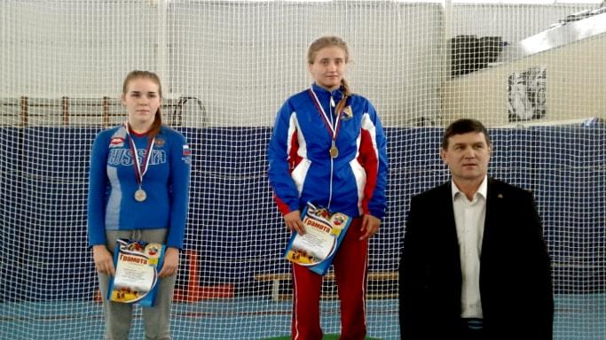 Кристина Михнеева выиграла Первенство ЮФО по спортивной борьбе среди юниорок до 21 года