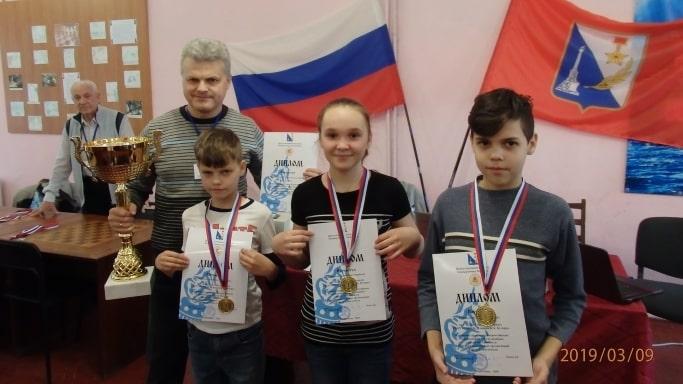 Победители регионального этапа соревнований по шашкам Чудо-шашки март 2019