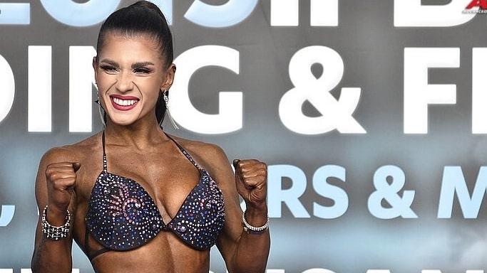 Ольга Луценко чемпионка Европы по бодибилдингу - Санта-Сусанна