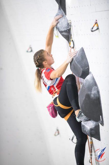 Елена Матяк-Яблучкина в финале первенства Европы-2019 по скалолазанию_3-min