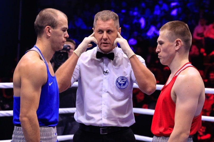 Максим Коптяков в финальном бое чемпионата России по боксу_1