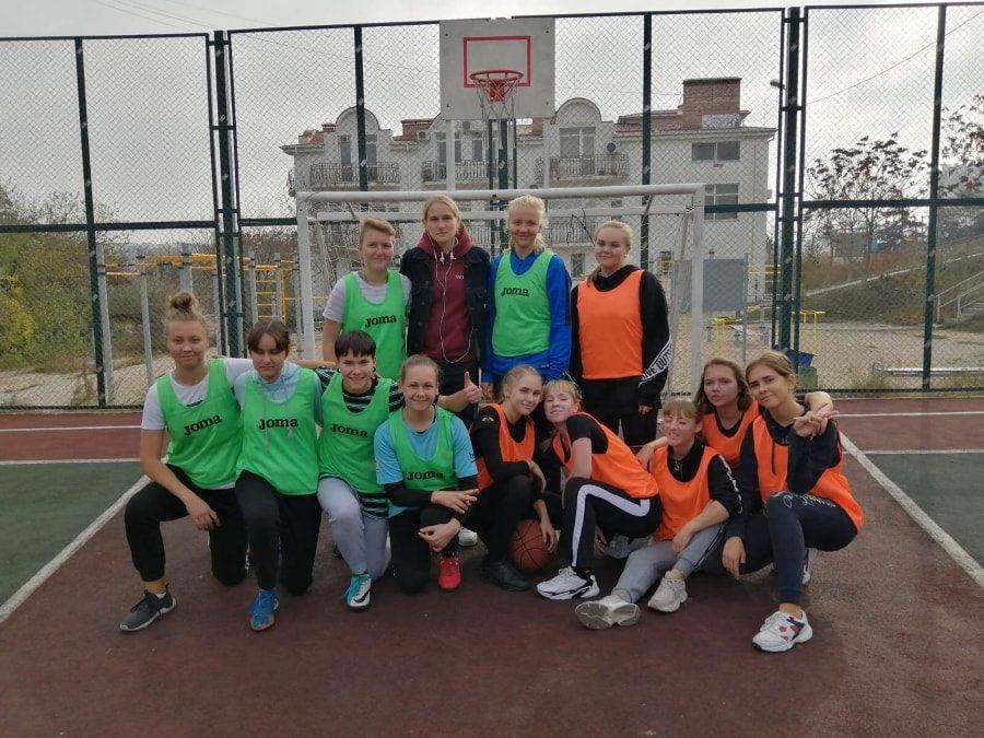 Мини-спартакиада Севастополя Двор-Спорт-2019-2 девушки _12-min