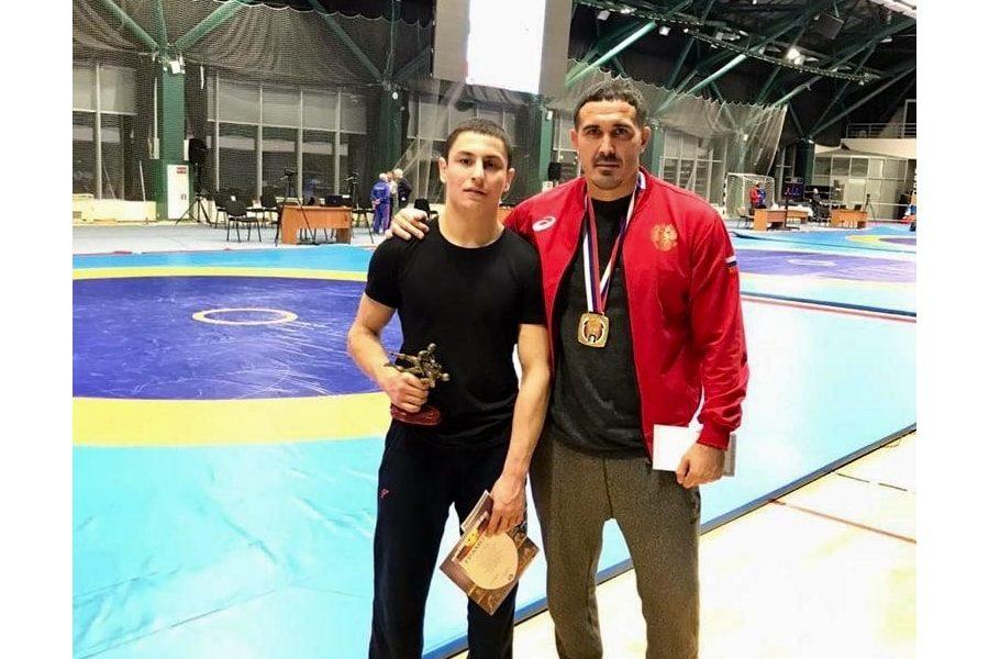 Ридван Османов стал чемпионом турнира памяти Мягаса Сахабутдинова-min