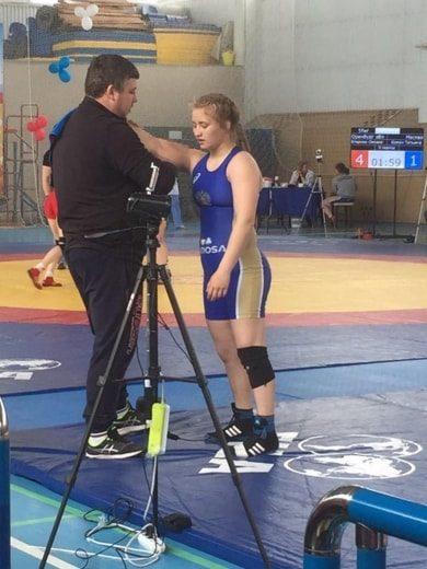 Кристина Михнева на всероссийском турнире по спортивной борьбе