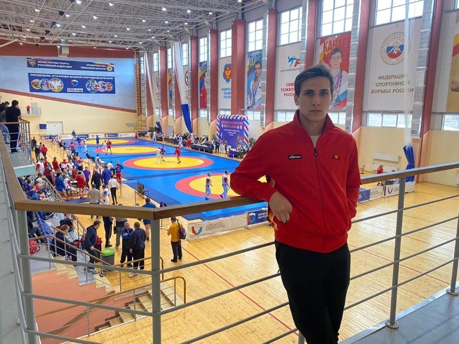 Александр Ходин из Севастополя выступил на первенстве России по самбо среди юниоров и юниорок