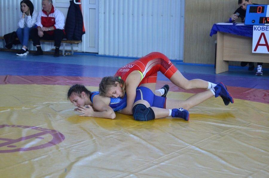 Кристина Михнева из Севастополя на чемпионате ЮФО 2020 _-min