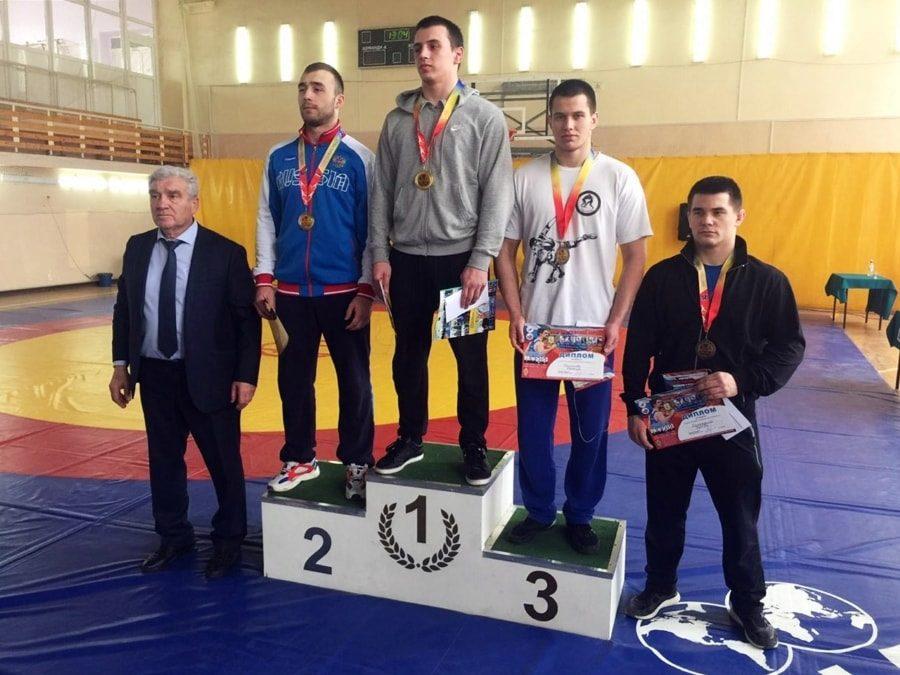 Максим Смирнов выиграл бронзовую медаль первенства ЮФО 2020 по греко-римской борьбе