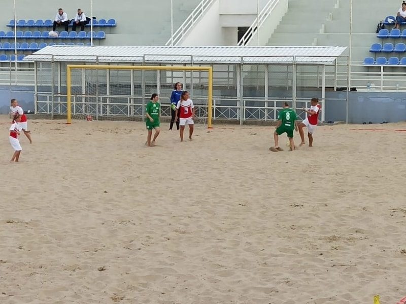 В Севастополе продолжается Кубок губернатора по пляжному футболу _1