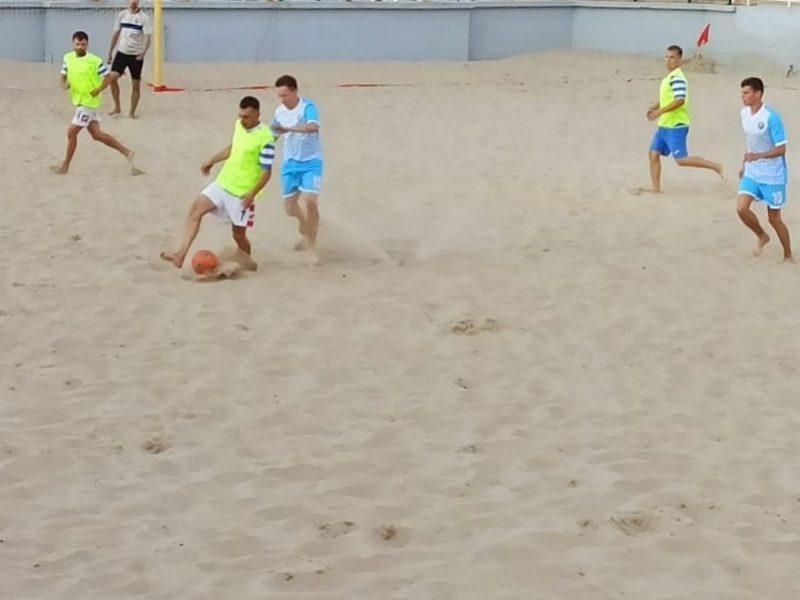 В Севастополе продолжается Кубок губернатора по пляжному футболу _5