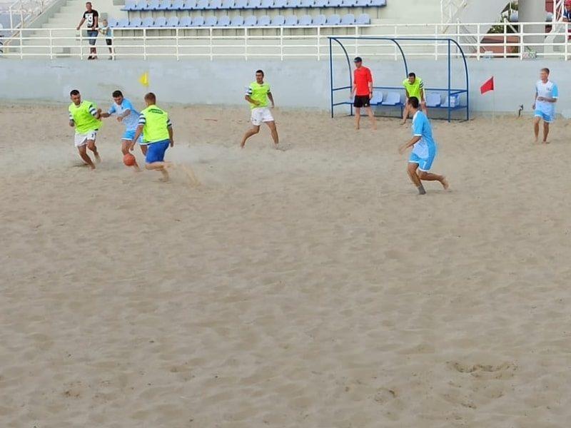 В Севастополе продолжается Кубок губернатора по пляжному футболу _6