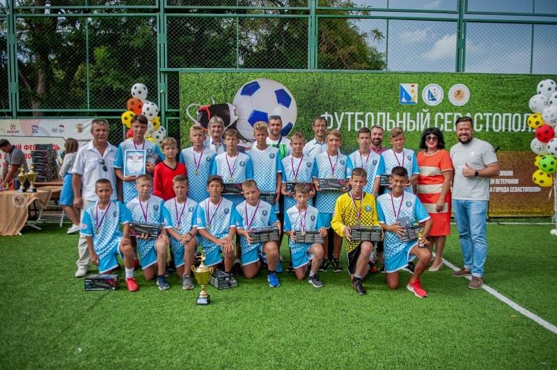 Команда СШ № 3, 1 место в возрастной группе 12-13 лет