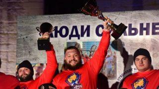 Победители турнира по силовому экстриму «Люди сильнее машин» в Севастополе 2020