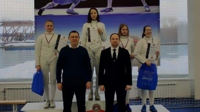 Фехтовальщица из Севастополя Ева Хисматова выиграла турнир «Шпага Сибири»