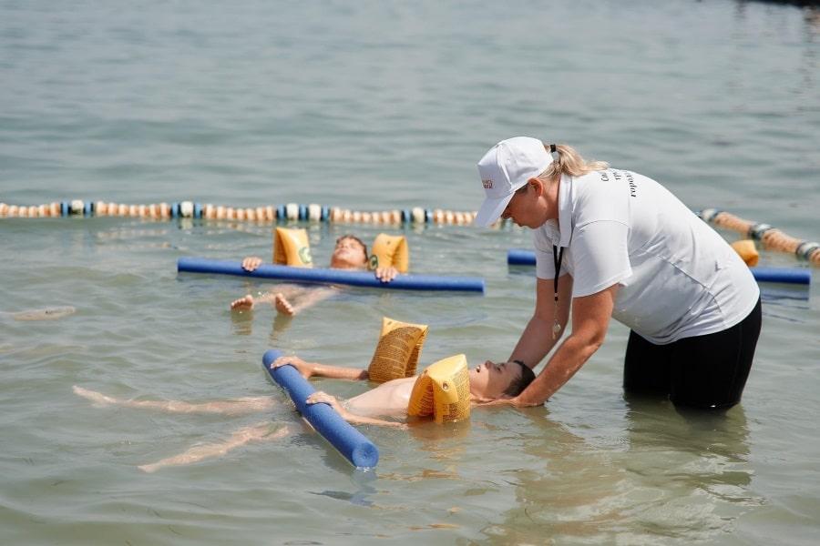 Акция Научись плавать на пляжах Севастополя в июле 2021 года
